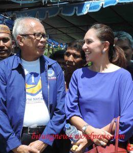 Caleg Partai Nasdem, Virgie Baker dan Ketua DPW Partai Nasdem mendatangi Kampung Candi, Bitung
