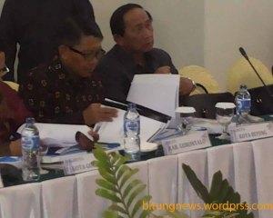 Sondakh menghadiri  RUPS di Hotel Peninsula Manado