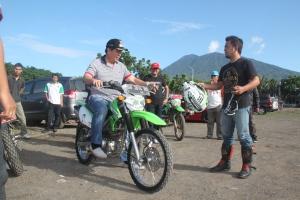 Lomban bersama TIM Moto Cross keliling pulau lembeh