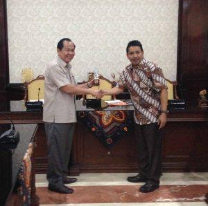 Lomban ikut OL di Surabaya