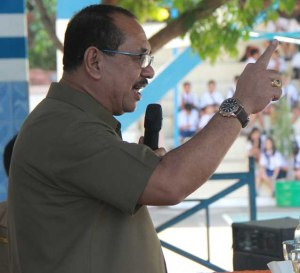 Drs. Edison Humiang, Sekertari Daerah Kota Bitung