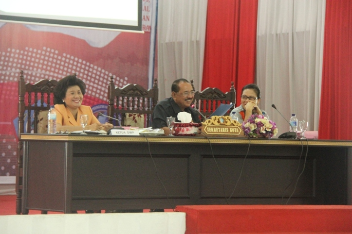 Humiang Pimpin Pertemuan Rutin DWP Kota Bitung di Kantor BPU Bitung