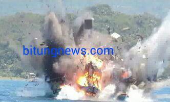 Aksi Peledakan 8 Kapal Pencuri Ikan di Perairan Kema, Minahasa Utara