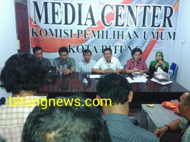 Konfrensi Pers Penetapan pasangan cawali-wawali oleh KPU Bitung