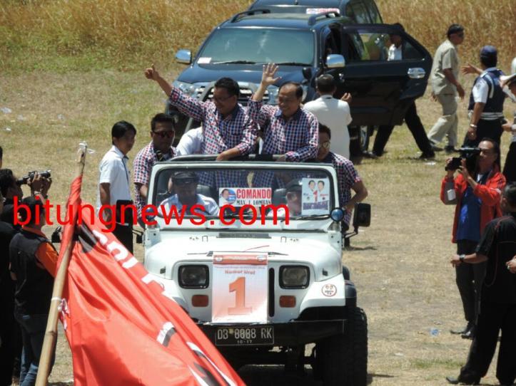 Pasangan Calon Walikota dan Wakil Walikota, Max Lomban-Maurits Mantiri ikuti Pawai Damai