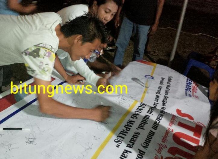 Para pendukung Mapalus tanda tangani deklarasi anti politik transaksional