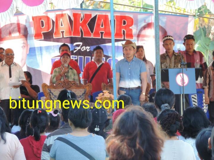 Calon Walikota Stefan Pasuma di tengah ratusan pendukungnya