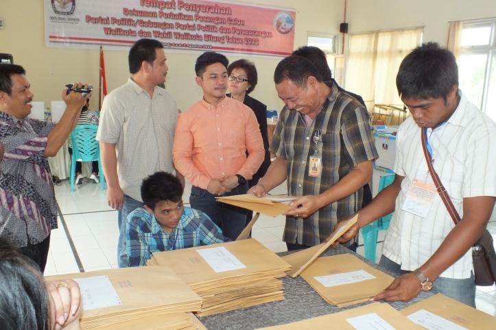 Pasangan Pasuma-Karundeng serahkan berkas perbaikan dukungan ke KPU