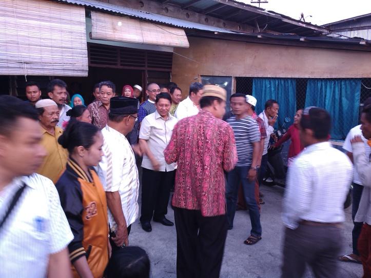 Cawagub David Bobihoe Akib, kunjungi warga kampung Pasar Tua Bitung