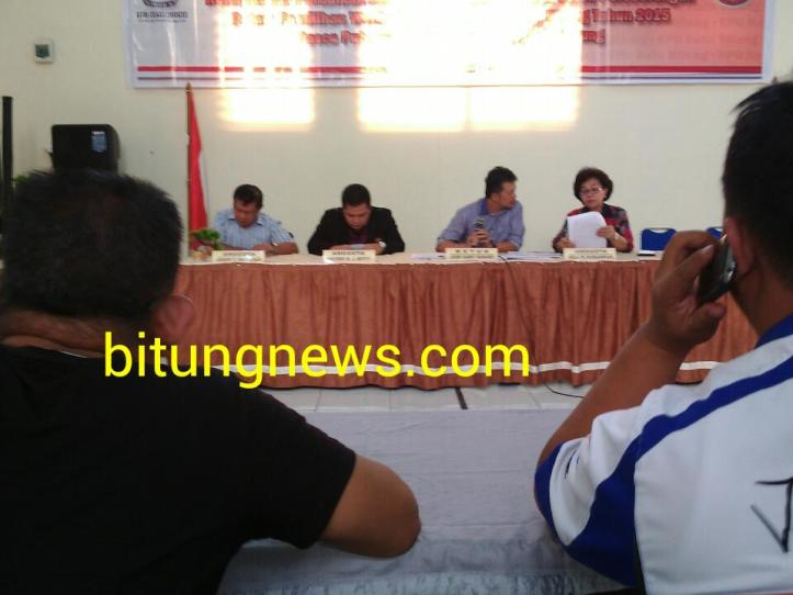 KPU Bitung jumpa pers, putuskan pasangan RL-MP Tak loos verifikasi berkas dukungan
