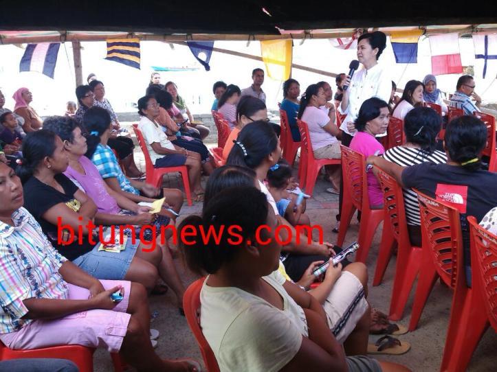 Calon Walikota Aryanthi Baramuli Putri berdialog dengan warga Kelurahan Batu Lobang