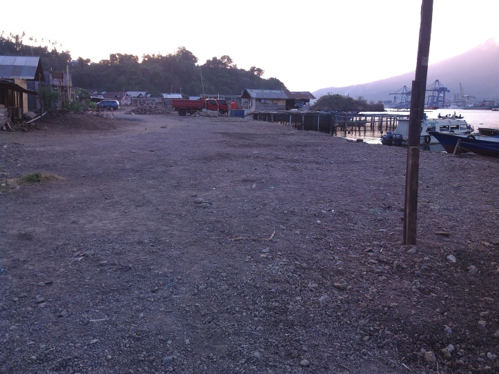 Lokasi reklamasi pantai Papusungan diduga tanpa dilengkapi dokumen lingkungan