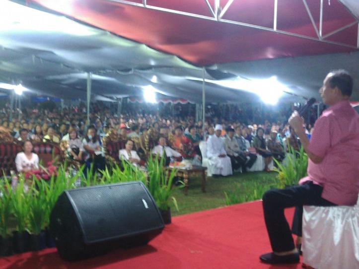 Walikota Bitung Hanny Sondakh, dalam sambutan Ucapan Syukur Karyawan dan Eks-Karyawan Sari Grup, Minggu 15/11/2015