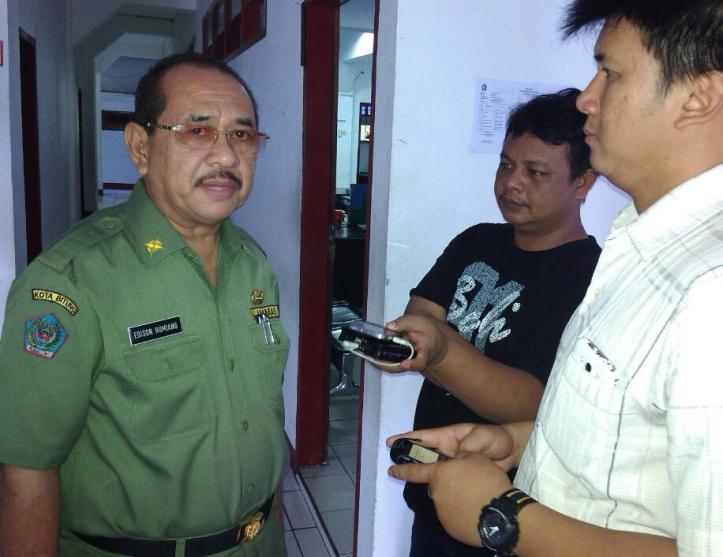 Ketua Umum IKSSAT, Edison Humiang