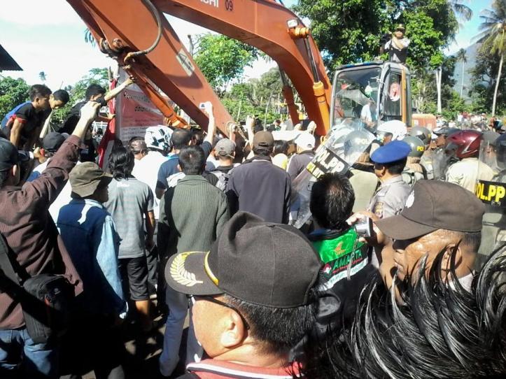 Bentrok warga Masata dengan aparat keamanan, YLBHI kecam penggusuran paksa lahan MASATA, karena terindikasi pelanggaran HAM berat