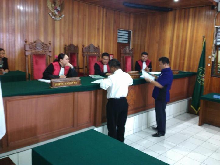 Sidang perdana gugatan Anthonius Supit, karena dipecat dan di PAW Partai Nasdem